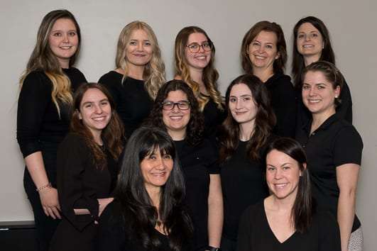 Group photo of Moveo Orleans Physiotherapists and clinic staff